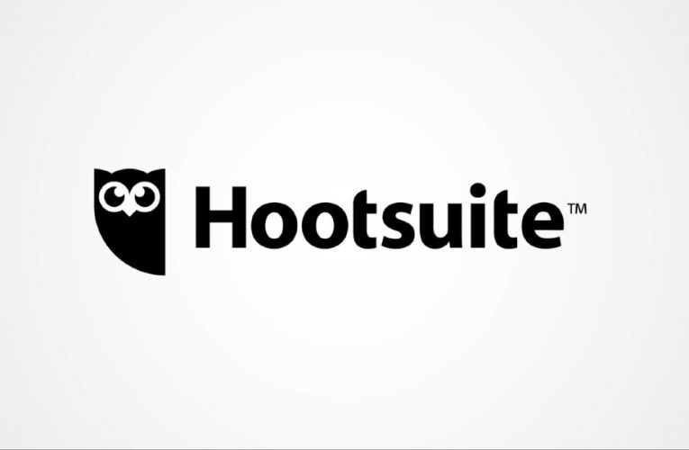 Hootsuite Review: Proven Tool with Decent Analytics Capabilities
